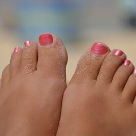 Kosmetische Fußpflege (30 Minuten)