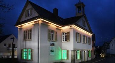 Galerie Altes Rathaus Musberg: Kulturkreis LE zeigt Lichtkunst von Chris Nägele