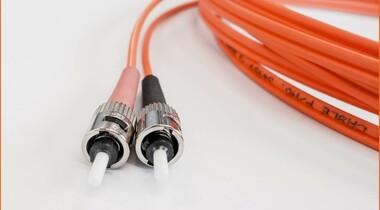 Schulen in LE an Glasfasernetz angeschlossen - nun folgt die Einrichtung des Netzwerks