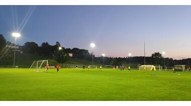 Umweltfreundliche Beleuchtung auf Musberger Sportplätzen - Mehr Licht im Spiel