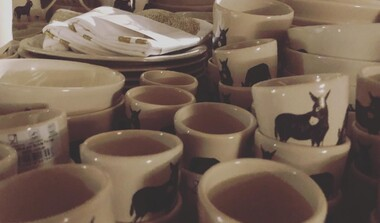 Geschirr mit Eselsmühlen-Dekor: Esel-Tassen und mehr