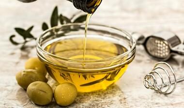 Olivenöl ist Medizin ohne Nebenwirkungen, auch äußerlich anwendbar