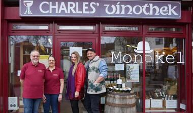 Monokel is back, als Schlemmer-Wunderland bei Charles' vinothek
