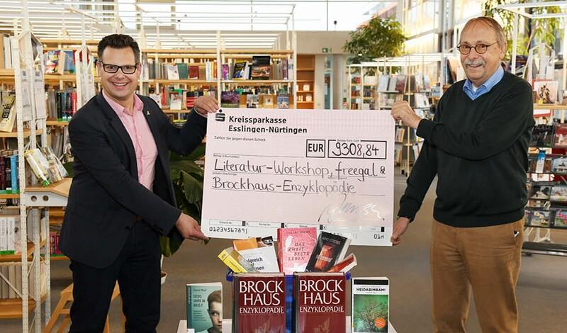 Förderverein unterstützt Stadtbücherei mit mehr als 9.300 Euro