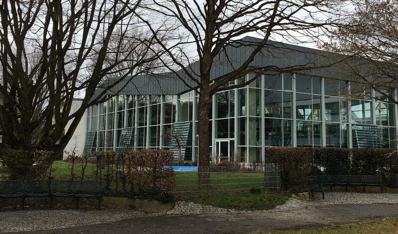 LE IM DIALOG - das neue Hallenbad in Leinfelden