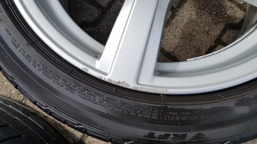 """Original BMW 17"""" Felgen + Runflat-Reifen (RSC)"""